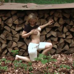 Die Fee im Walde - so-ein-luder
