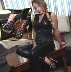 Leck meine dreckigen Füße!!! Mach sie sa - Roxy-Lane