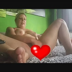 Dildo Orgasmusfick mit 25x5 - sexymaus5711