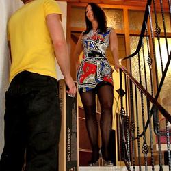 Sperma-Bote reisst mir die Fotze auf - Annabel-Massina