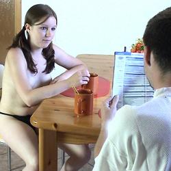 Morgens nach der Party, Geil auf Sex - Teen-Janina