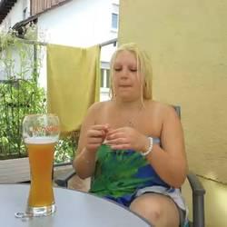 Rauchen ein Bierchen und mein Fötzchen n - sexymaus5711
