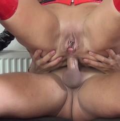 Analer Ritt in Vollendung... - hot-lady25