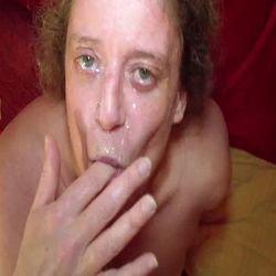 Sahne im Gesicht - geile-bett