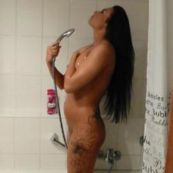 Beim Duschen bespannert - MinaMassimo