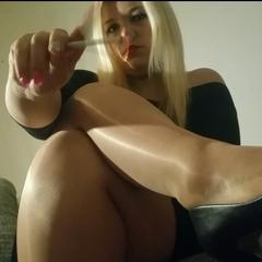 Smoking Fetish - Aschenbecher Sklave - Miss-Mariella