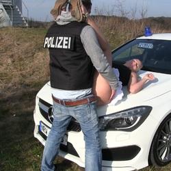 Die POLIZEI fickt mich - Krasse Strafe f - Lara-CumKitten
