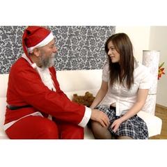 Santa Claus will Titten Monika ficken - OpaFaun